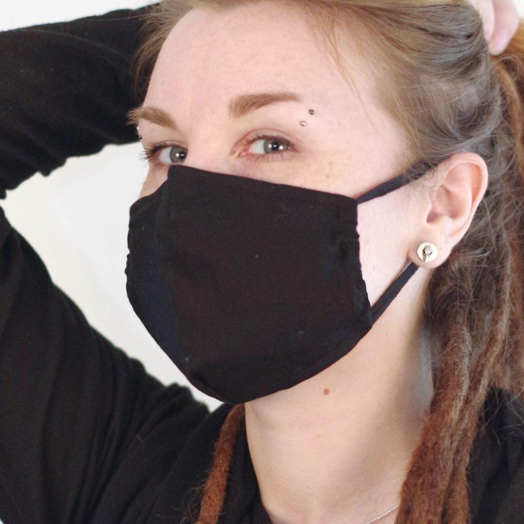 Mund- und Nasenmaske schwarz